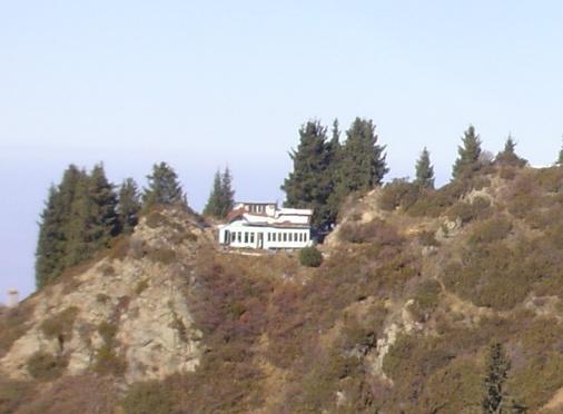 Приют Ким-Асар или горнолыжный клуб Кимасар