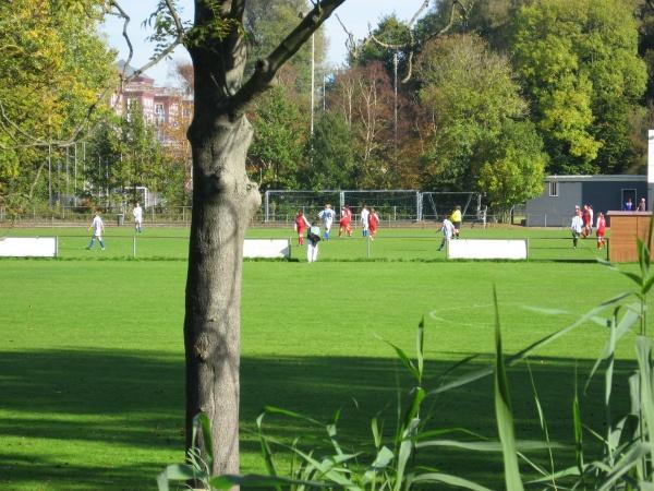 Футбольное поле в Амстердаме