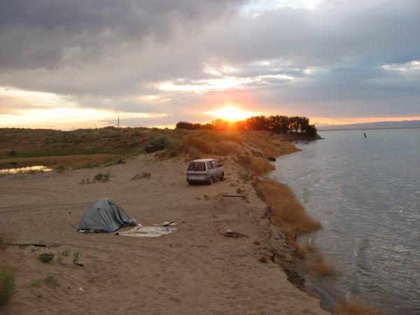 Рассвет на пляже Боктер. Капчагай