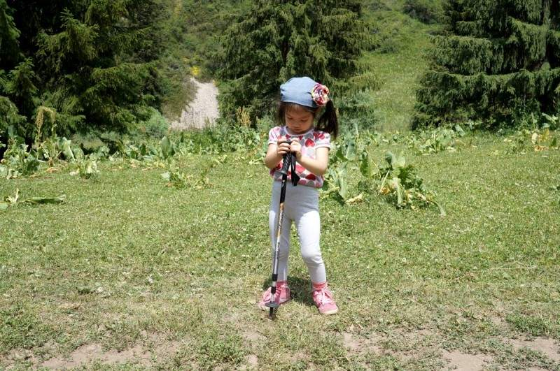 Ребенок и горный туризм. Часть 2-я - Первый горный поход Амельки