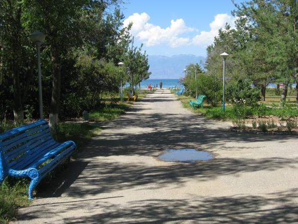 Аллея, ведущая на пляж пансионата Марко Поло