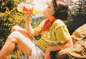 Дети в походе много пьют жидкости