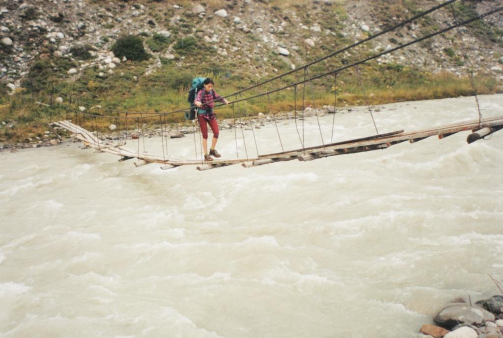 Переправа через реку Чон Кемин