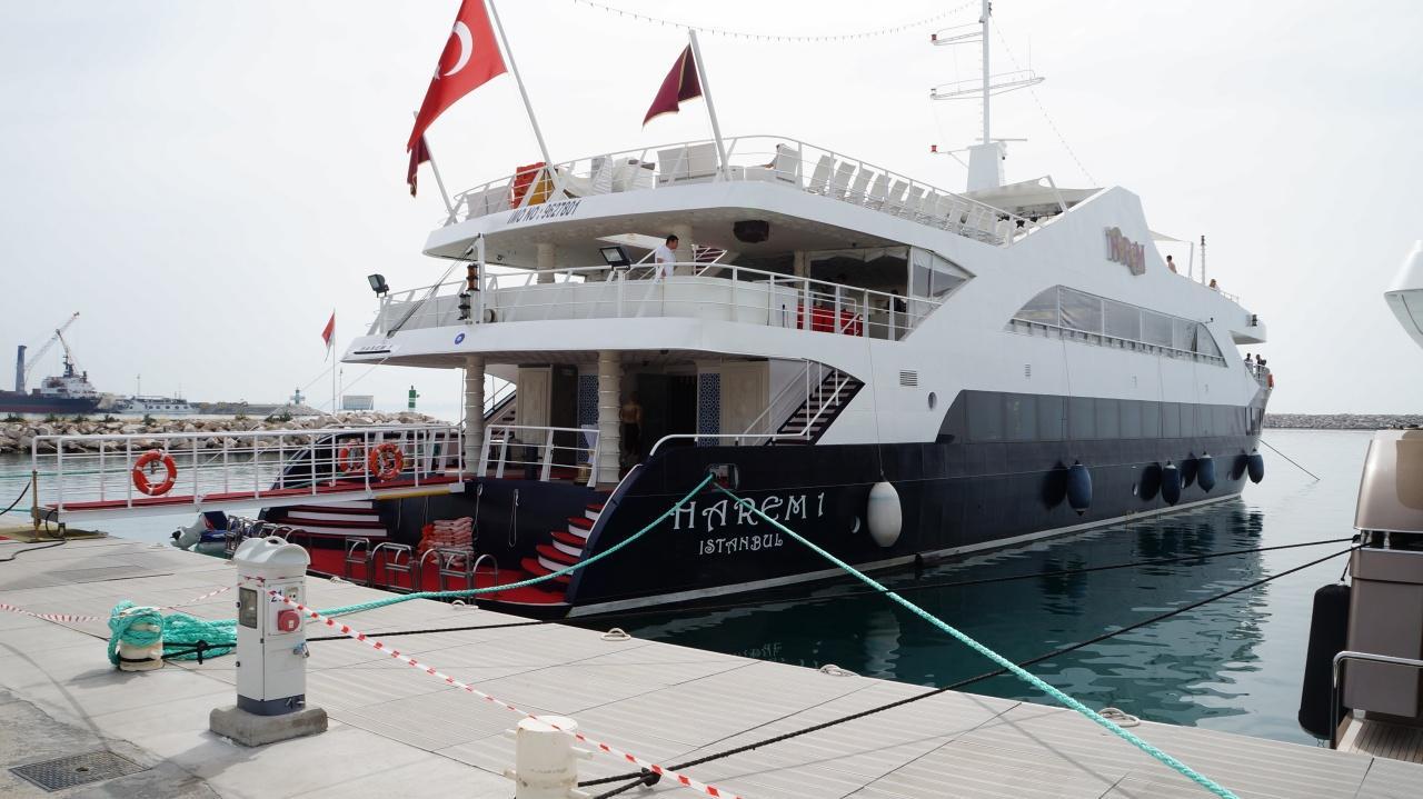 Яхта Harem