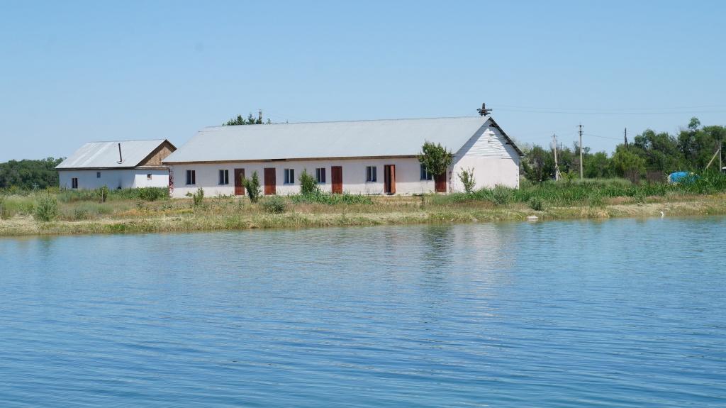 Баня и гостиница на зоне отдыха Бастау
