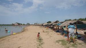 Пляж в Бастау