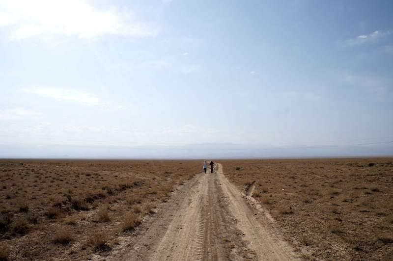Степь и горы Кетмень в районе зоны отдыха Мираж