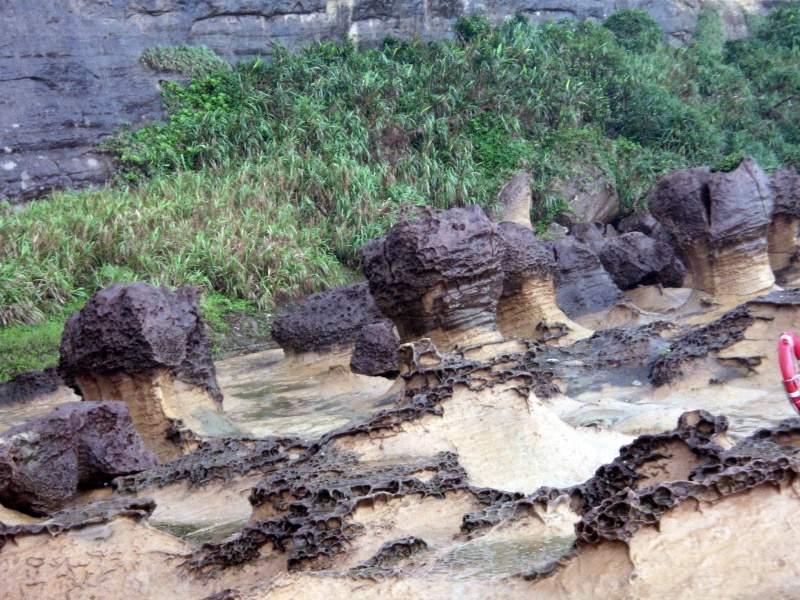 Скалы причудливой формы в Yehliu Парк