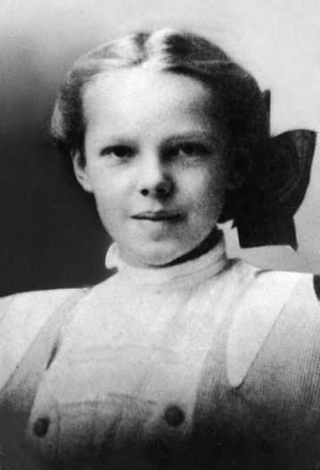 Фото Амелии Эрхарт в подростковом возрасте