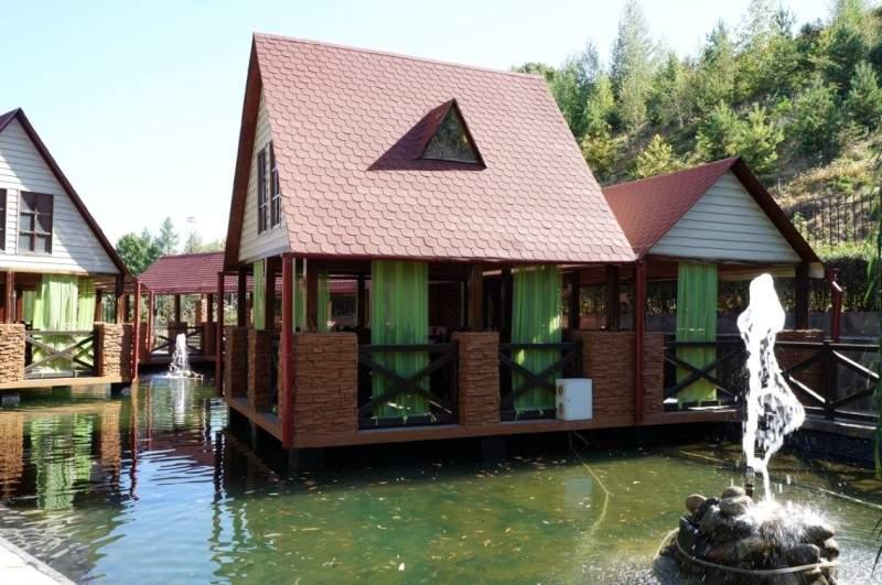 Ресторан Поплавок в Баганашыле