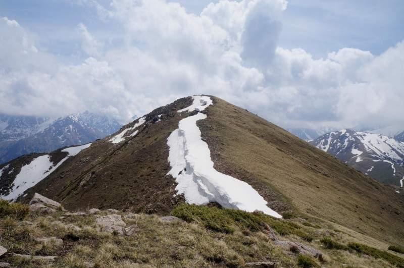 Гора Котырбулак (3040 м)