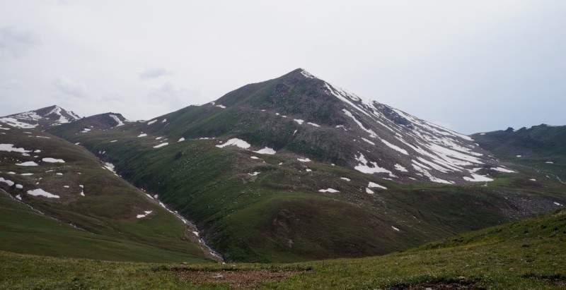 Пик Терешковой (3435 м)