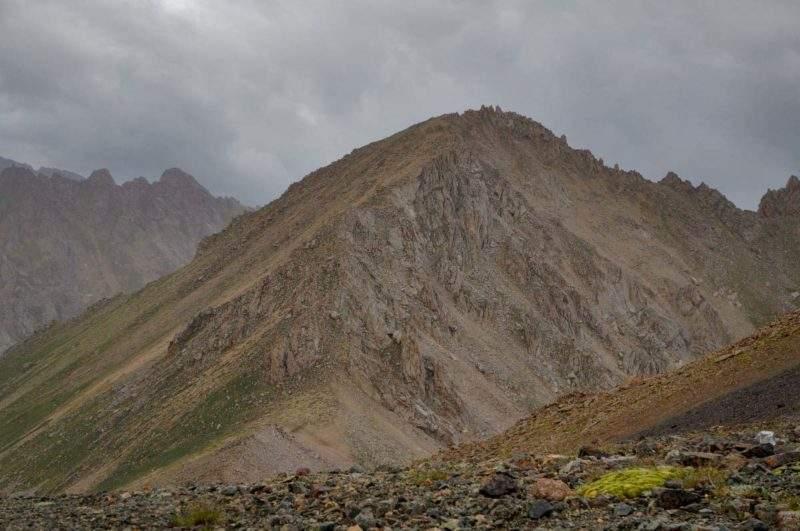 Пик Каменский (3627 м), вид с перевала Беркут Тас
