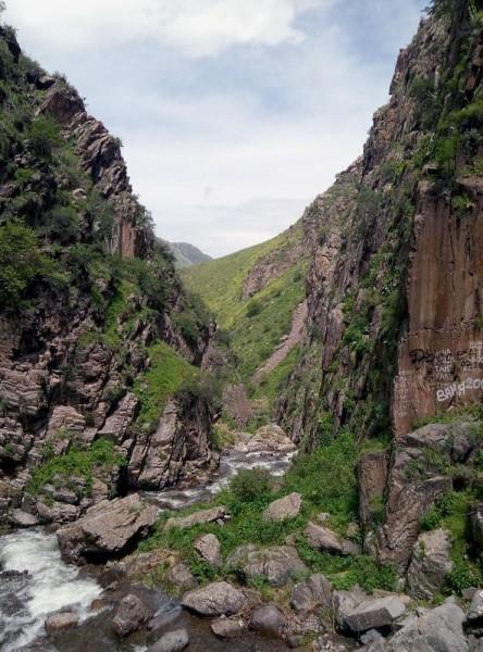 Каньон в ущелье Бол. Шымбулак