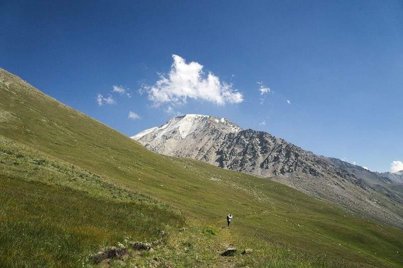 Гора Карнизная, 4075 м