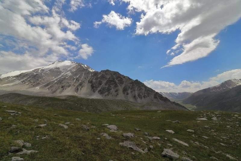 Гора Карнизная 4075 м