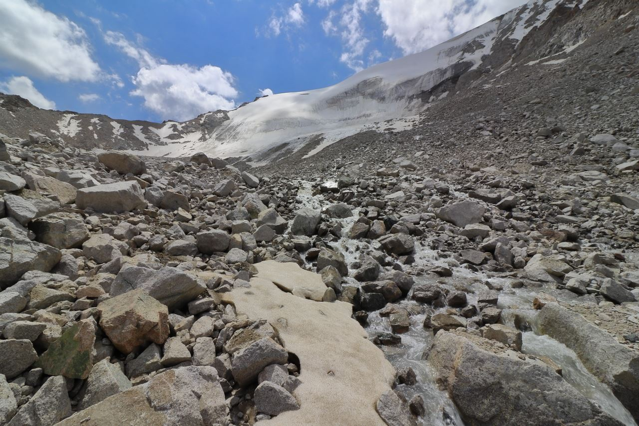 Ледник Карнизный